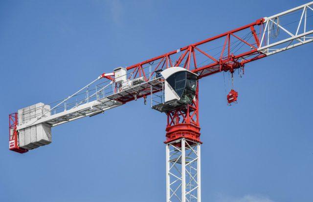 Prenájom vežových žeriavov